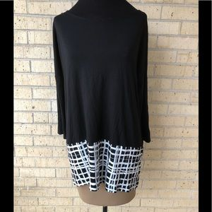 Chico's top Long sleeve Size 2